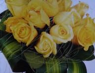 imagen Un bello arreglo con rosas amarillas