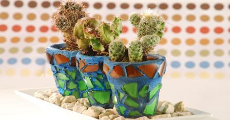 Macetas renovadas con ceramicas
