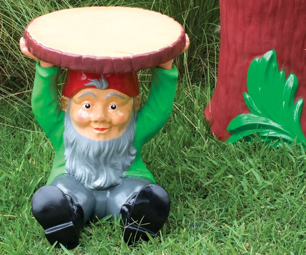 Divertidos objetos para decorar tu jard n for Objetos decoracion jardin