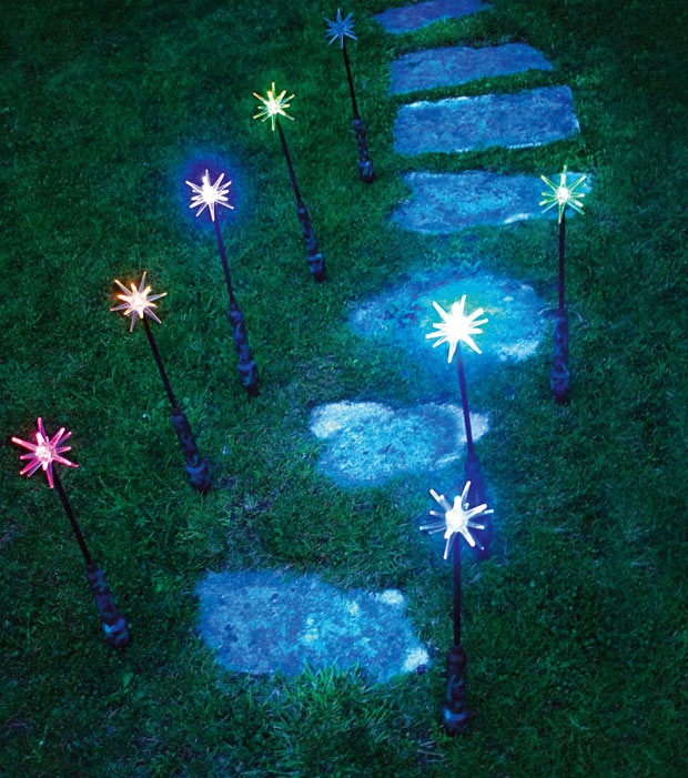 Ideas para decorar tu jard n en navidad for Ideas para decorar tu jardin reciclando