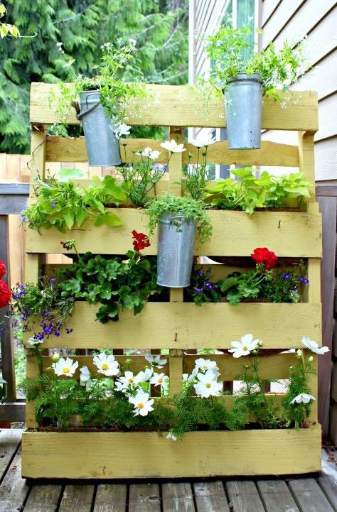 ideas jardines con palet 1