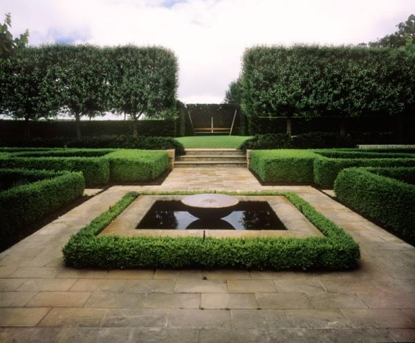 Simetría en el jardín 2