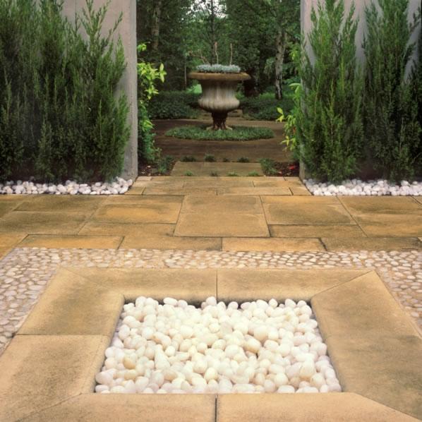 Simetría en el jardín 7