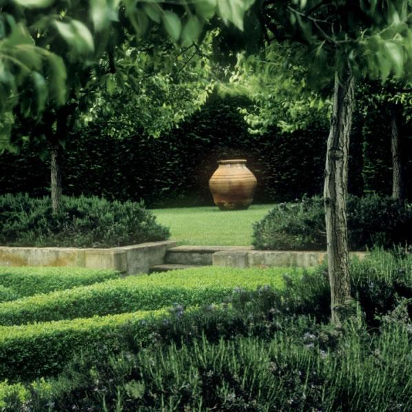 Simetría en el jardín 8