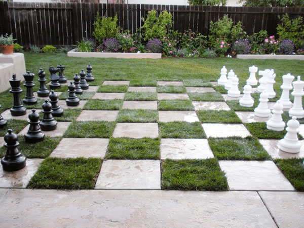 Build chess table in the garden 9