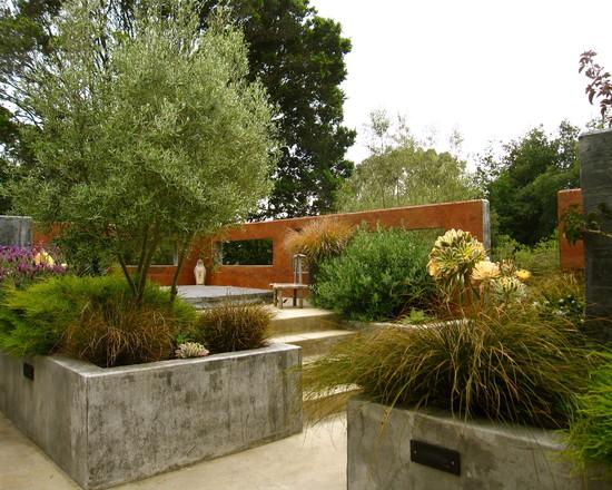 Un jard n mediterr neo en california for Compound garden designs