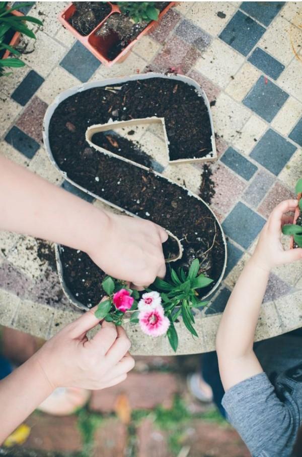 Escribe con flores y plantas 3