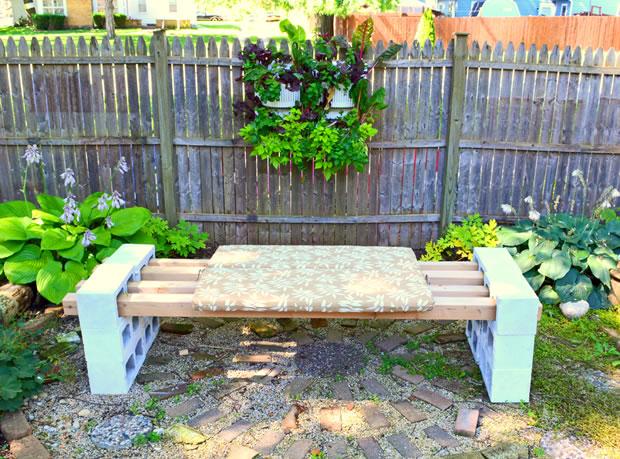 Un banco para el jard n en pocos minutos for Bancos de terraza y jardin