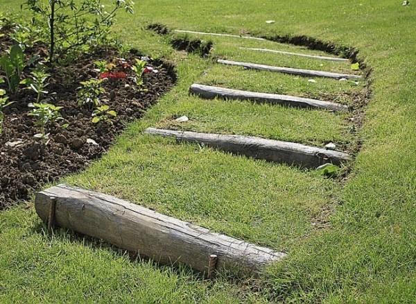 Escaleras en el jardín 1