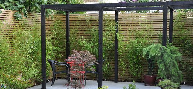 bamb para modernizar tu jard n. Black Bedroom Furniture Sets. Home Design Ideas