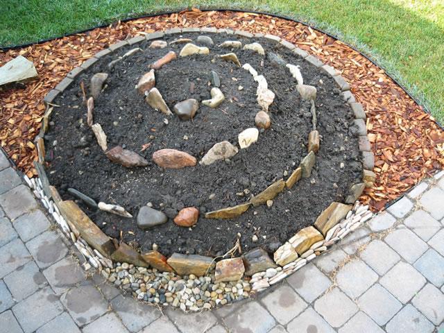 Jardín espiral DIY 6