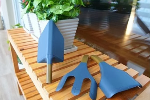 Herramientas de jardiner a hechas con bidones pl sticos - Herramienta de jardineria ...