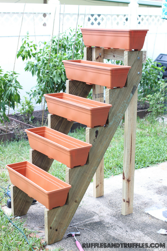 Jardín vertical escalonado DIY 4