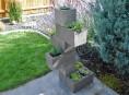 imagen Jardinera vertical DIY con bloques de hormigón