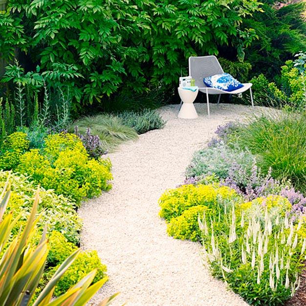 8 ideas de caminos para el jard n for Caminos de piedra en el jardin