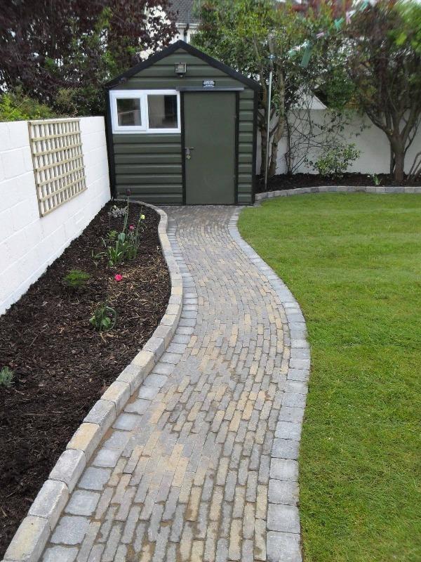 11 ideas de caminos para el jard n for Caminos de piedra en el jardin