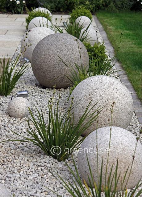 esferas-diy-para-decorar-el-jardin-02