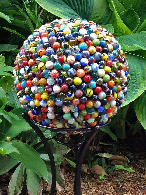 esferas diy para decorar el jardin 03 - Decorar Un Jardin
