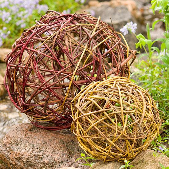 esferas-diy-para-decorar-el-jardin-09