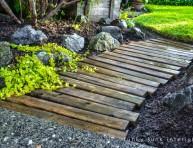 imagen Cómo hacer un camino para el jardín con palets