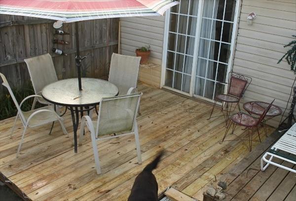 patios-con-deck-hechos-de-palets-02