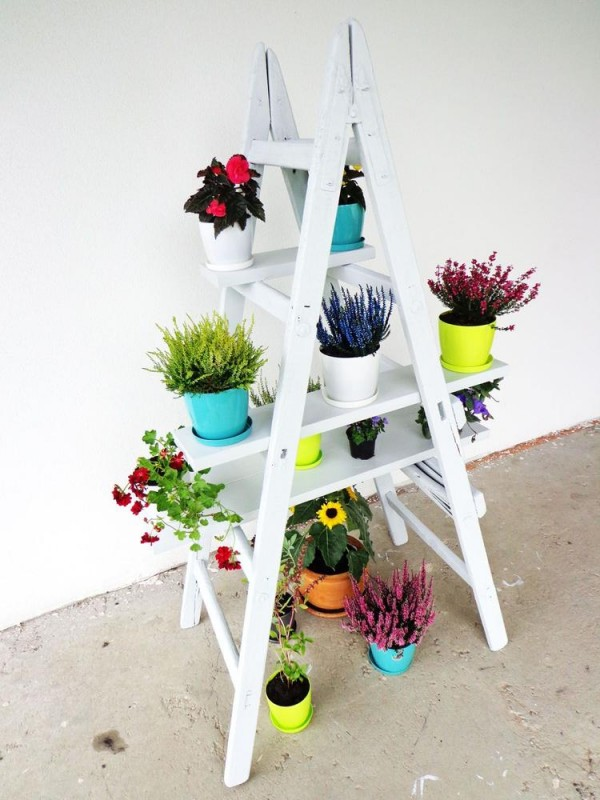 escalera-estanteria-para-tus-plantas-de-interior-07
