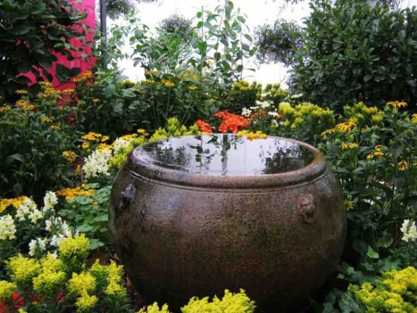 7-consejos-para-que-tu-jardin-parezca-mas-grande-07