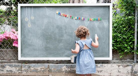 ideas-para-que-los-ninos-jueguen-en-el-jardin-09