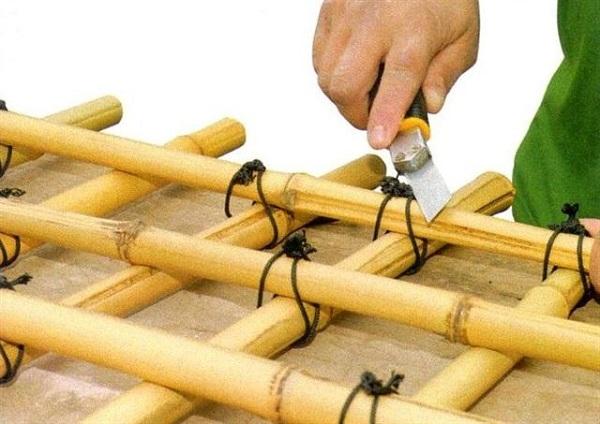 como-hacer-un-enrejado-de-bambu-07