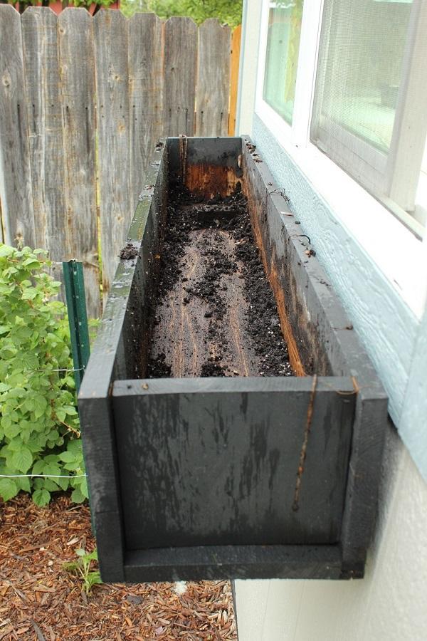 paso-a-paso-para-montar-una-jardinera-en-la-ventana-02