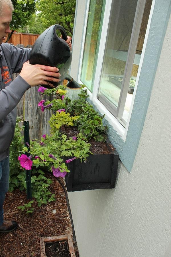 paso-a-paso-para-montar-una-jardinera-en-la-ventana-09