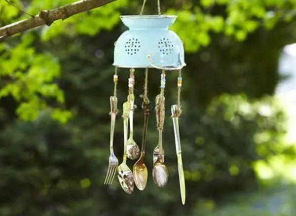 decora-tu-jardin-con-utensilios-de-cocina-06