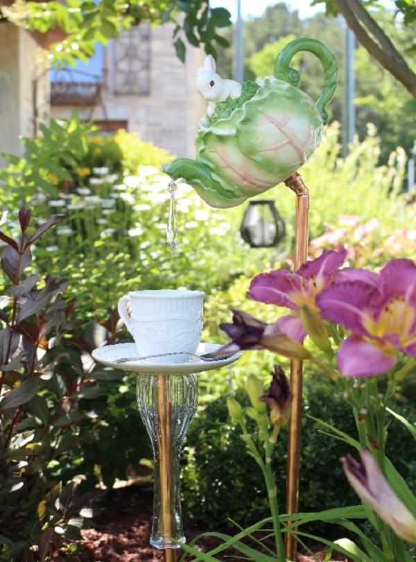decora-tu-jardin-con-utensilios-de-cocina-08