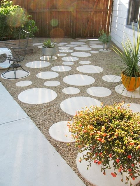 9-propuestas-diy-para-revestir-el-suelo-de-tu-jardin-03