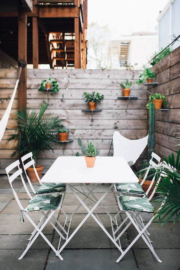 Tips to make your garden appear larger 6