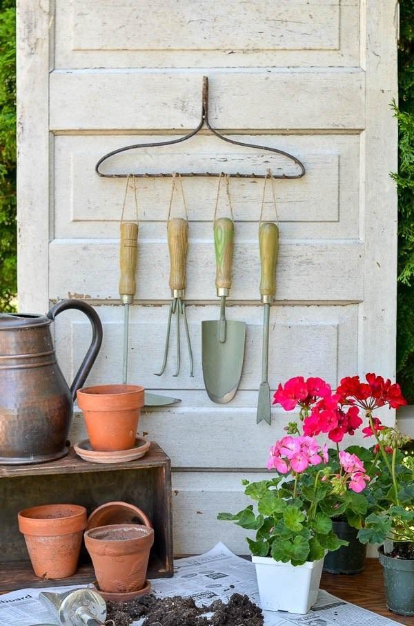 Ideas DIY storage for the garden 9
