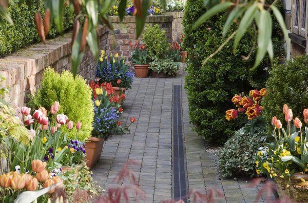 12 ideas para decorar con macetas de flores