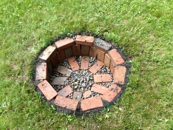 Built step-by-step your bonfire of garden 6