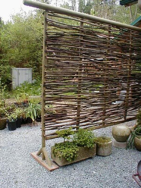Improvement easily in the privacy of your garden 11