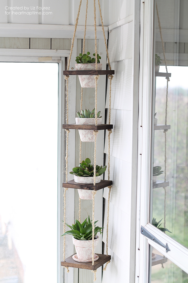 Build a vertical garden hanging 1