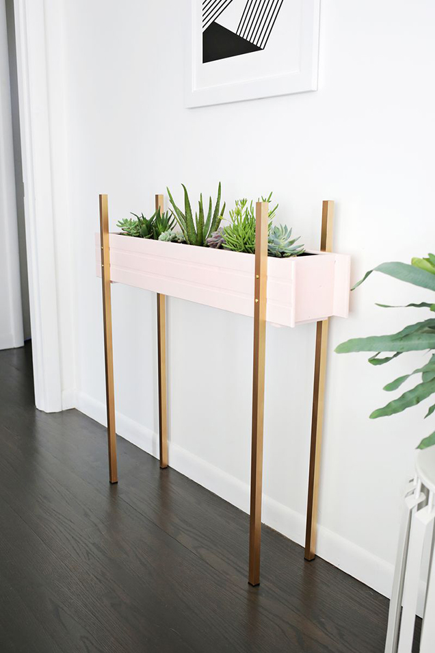 A planter box DIY very decorative 1