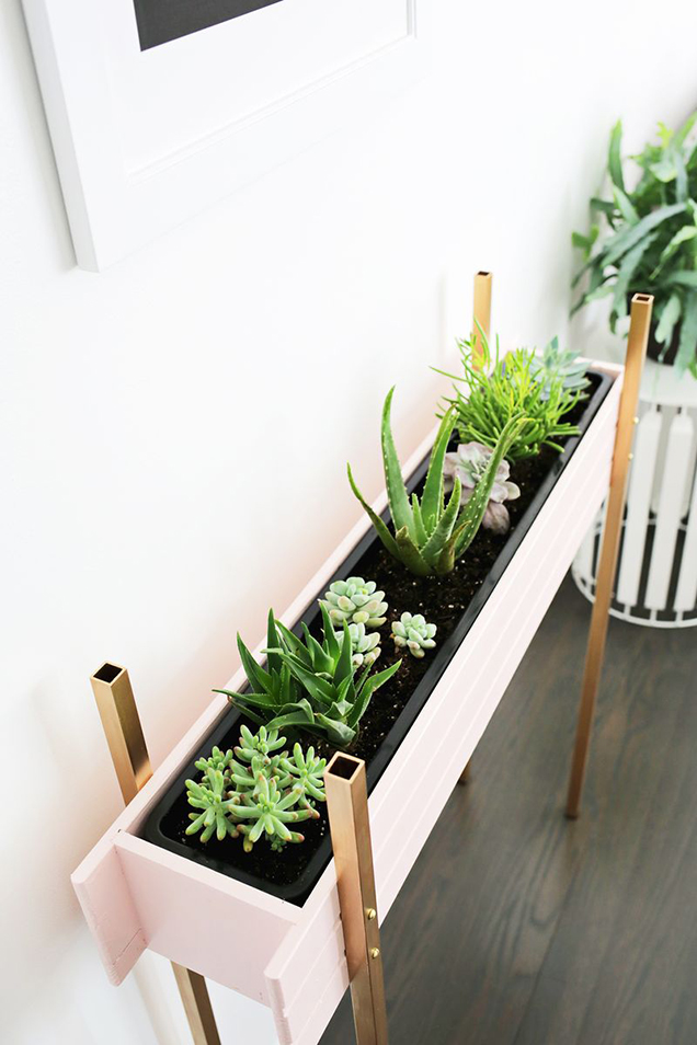 A planter box DIY very decorative 8