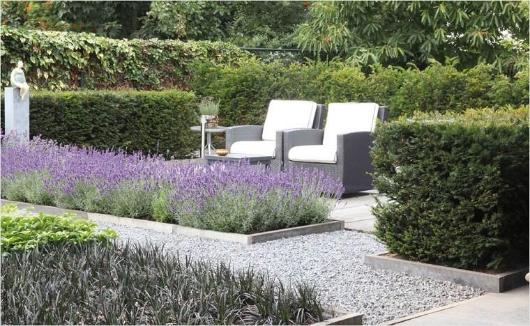 10 formas de usar grava en el jardín30