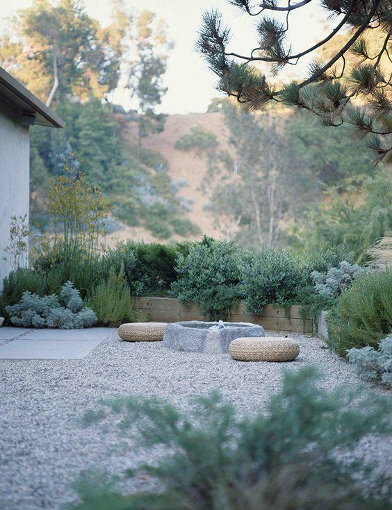 10 formas de usar grava en el jardín33